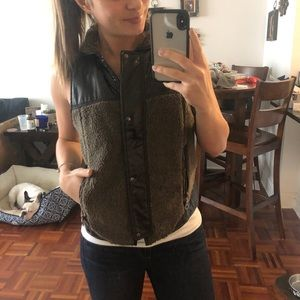 Madewell x Wearmaster Outwear vest. NWT size Small